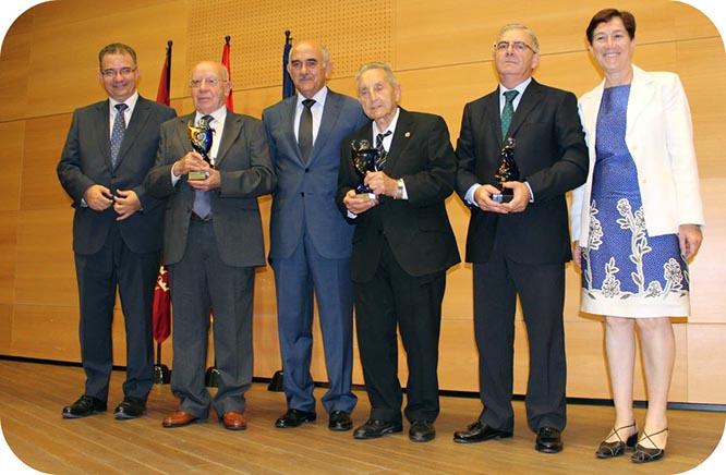 Juan Carrión recibe el Premio Mayor del Año de la Región